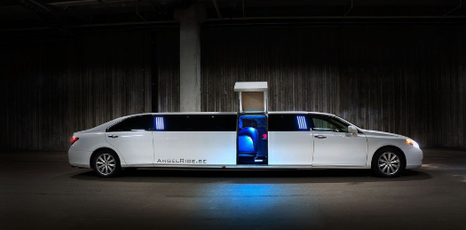 Booking a Limousine